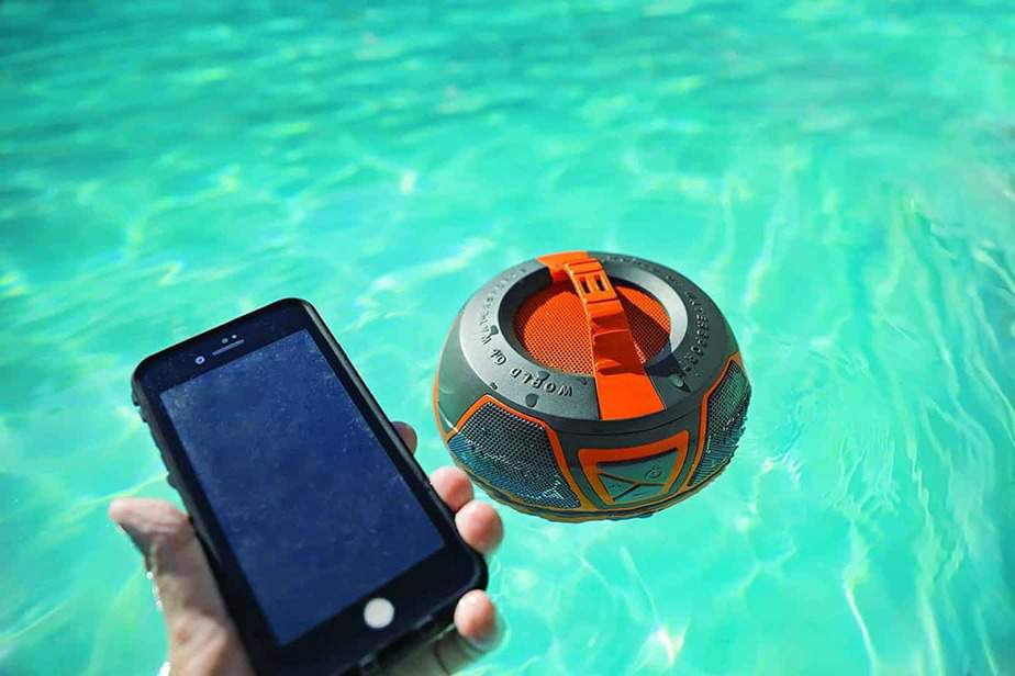 Wow World of Watersports Bluetooth, Waterproof, Shockproof, Floating Speaker