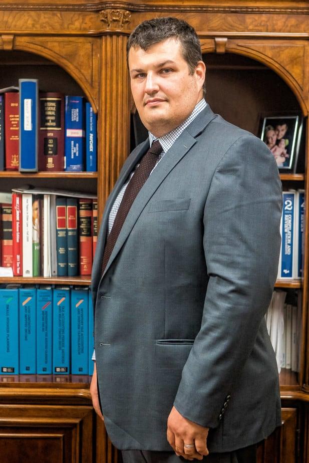 lawyer2 768x1150