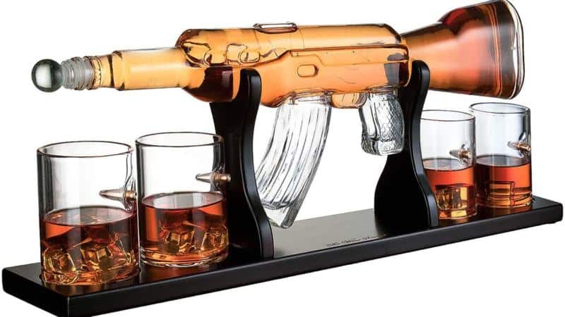 AR-15 Rifle Whiskey Decanter – Man Cave Gifts