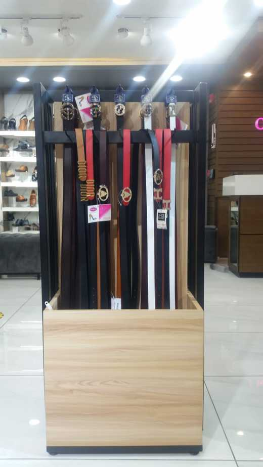 men and women accessories store in Islamabad oxygen shoes