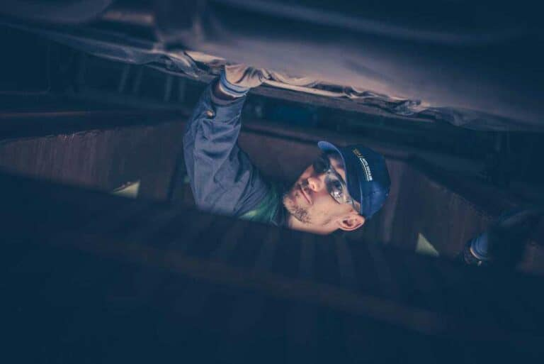 auto repair background 768x513