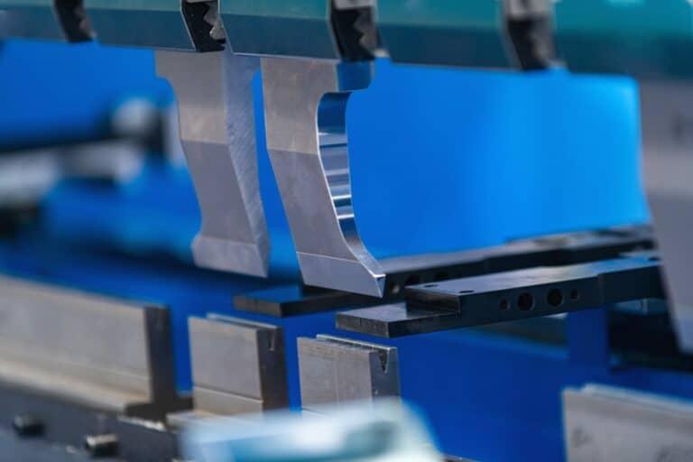 metal press brake servo bending machine 768x512