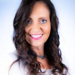 Profile picture of cathy karabetsos